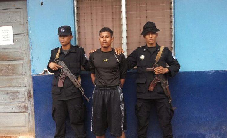 Militar asesina a adolescente en el Caribe Norte