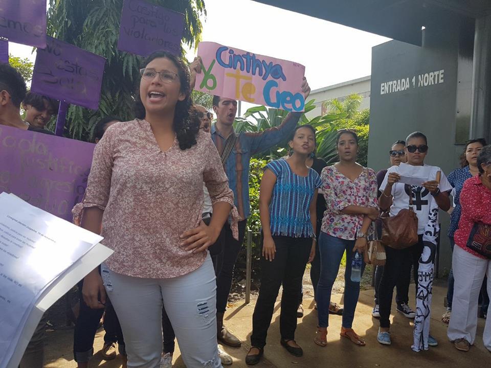 Cinthya Zeledón, el último rostro público que denunció un abuso sexual. Ahora enfrenta una denuncia por injurias y calumnias.