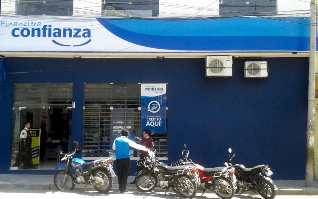 Sucursal de la microfinanciera Confianza.