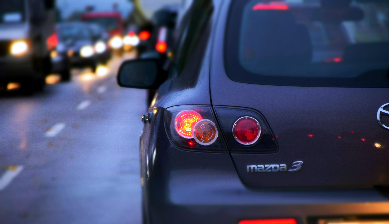 Ortega propone sangrar a dueños de vehículos con impuesto de rodamiento