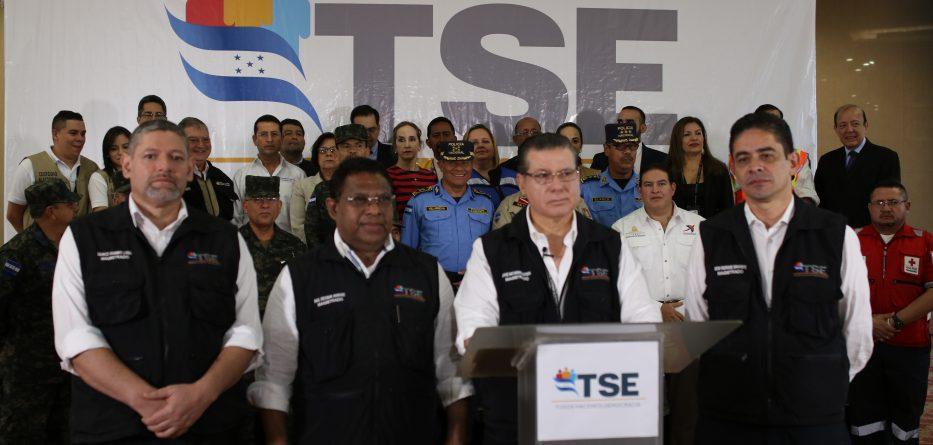Oficializan a Juan Orlando Hernández como ganador de las elecciones en Honduras. Foto: TSE