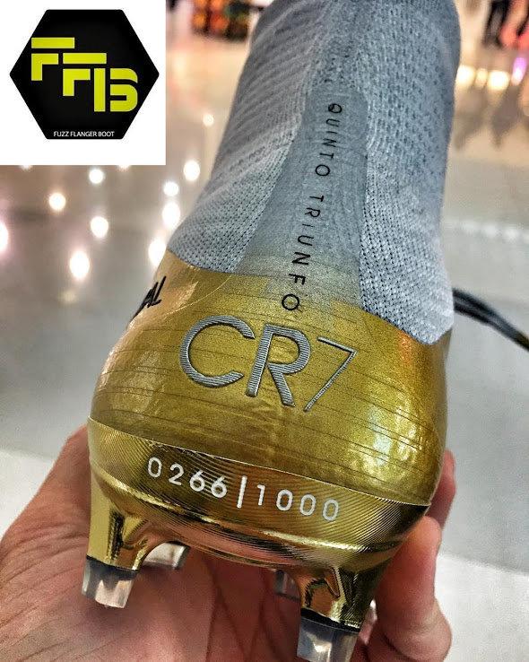 Así son las nuevas botas de Cristiano Ronaldo para celebrar el quinto Balón de Oro