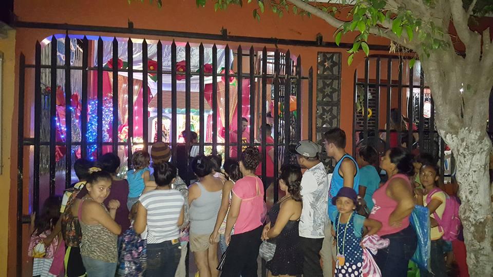 Miles de nicaragüenses sale a la calle para gritar a la Purísima Concepción de María.
