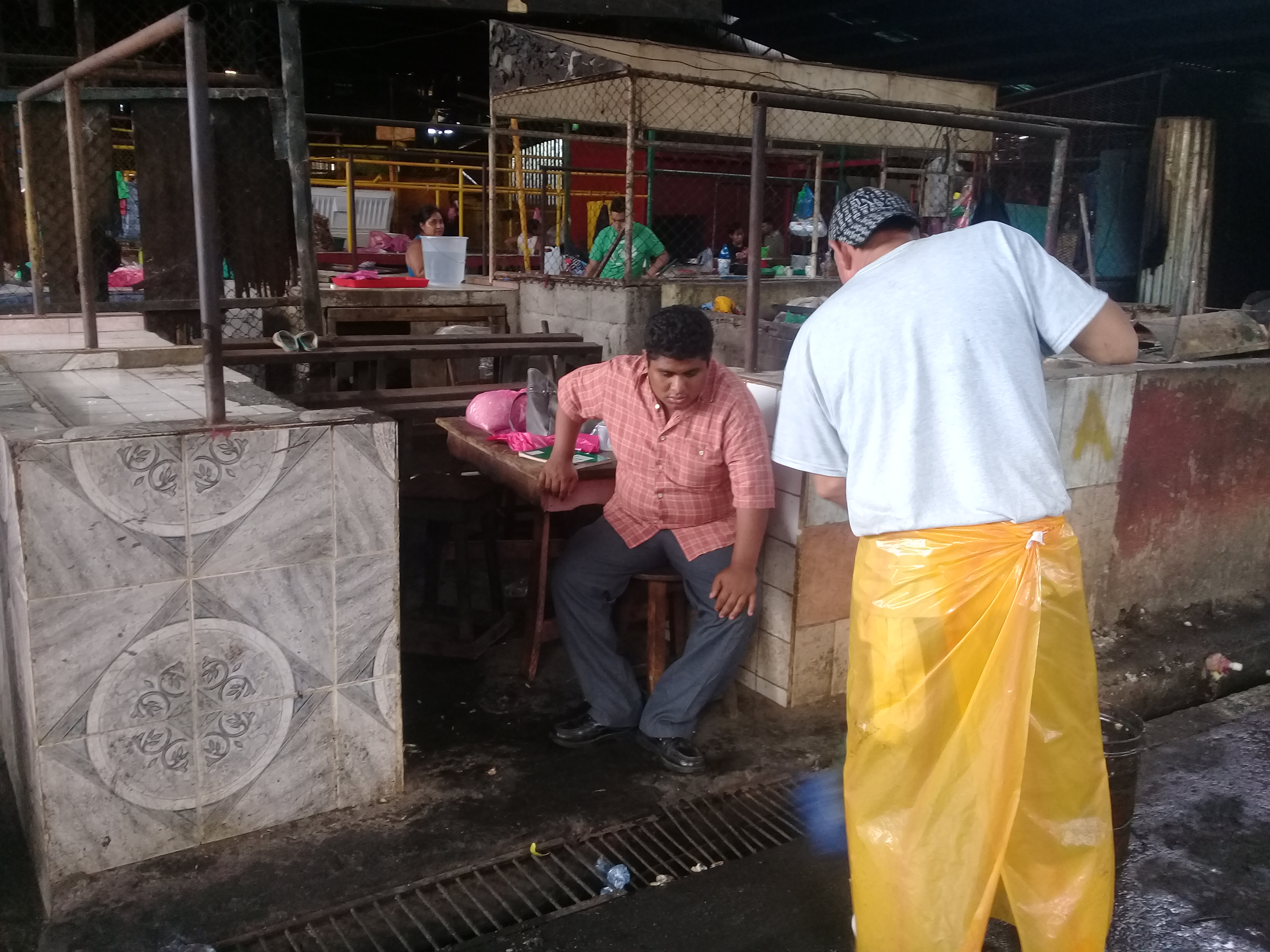 Mercado Oriental el día después del incendio. Fotografía: Artículo 66