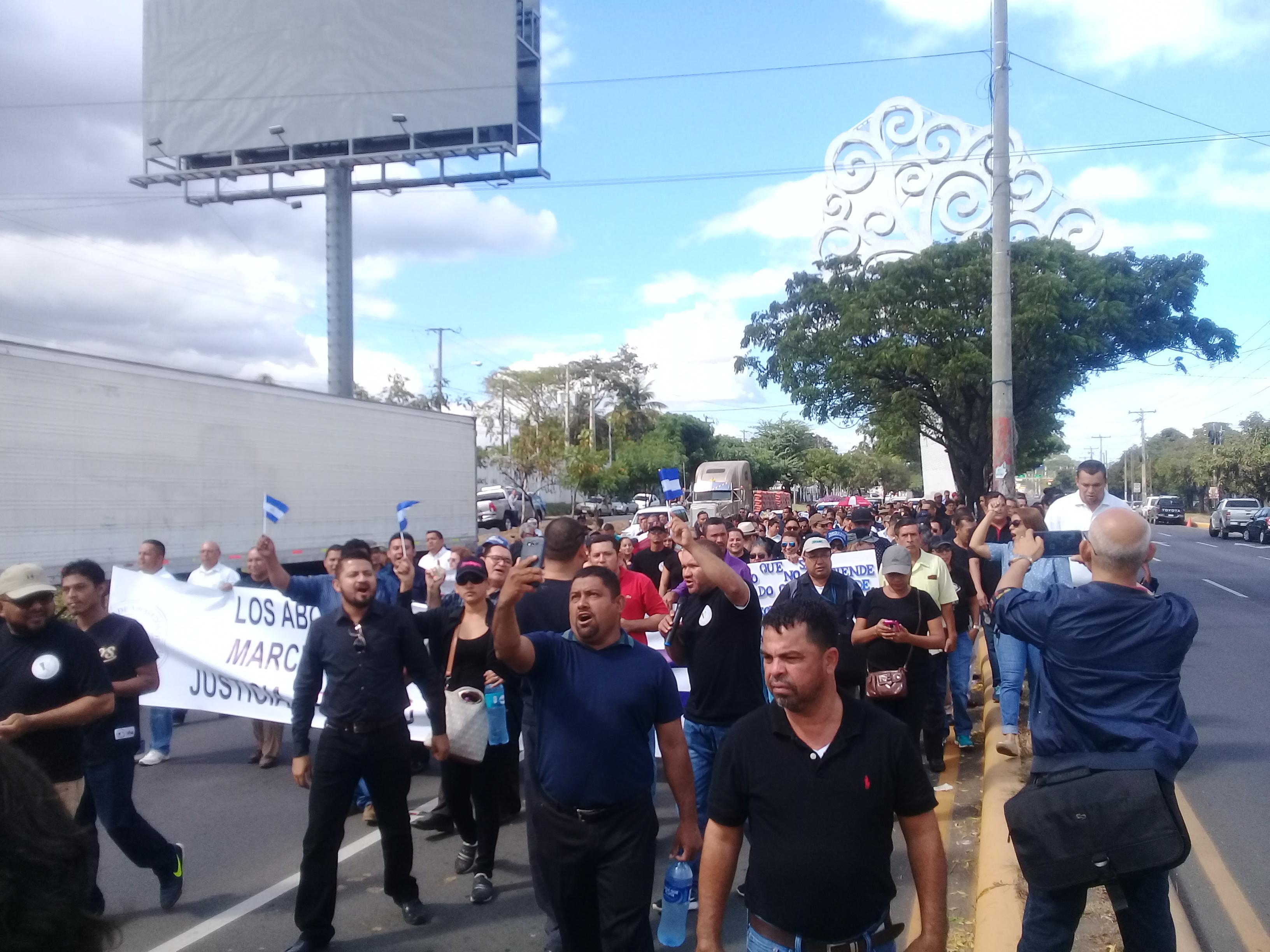 Abogados de Nicaragua exigen respeto y capacitación al poder judicial. Fotografía: Artículo 66