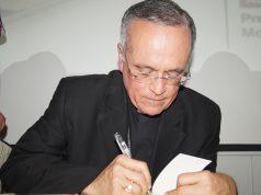 Silvio Báez presentó su libro «Evangelio de hoy: Tuits de la buena nueva de Jesús» Fotografía. Artículo 66.