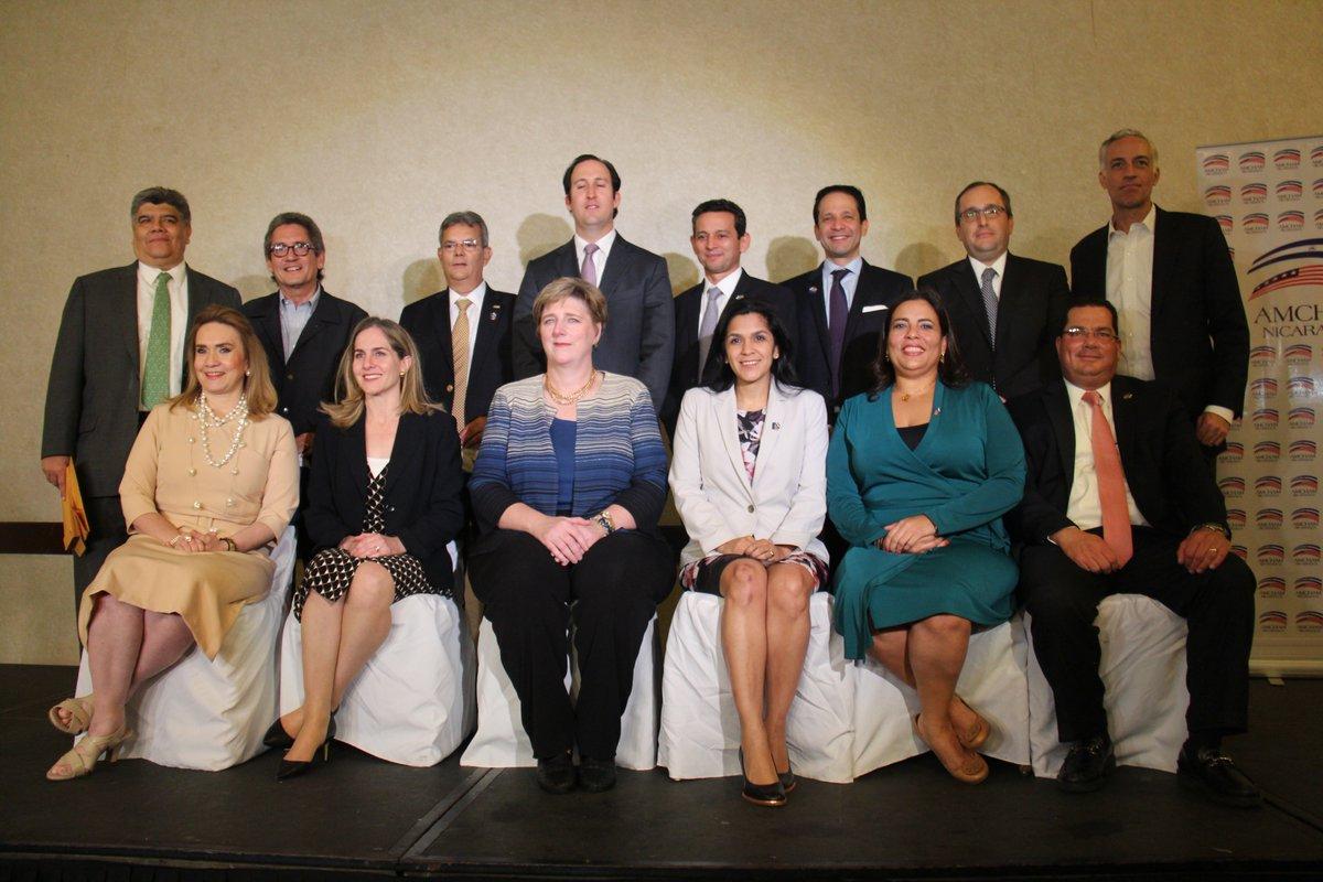 Nueva junta directiva de la Cámara de Comercio Americana de Nicaragua. Foto: Amcham