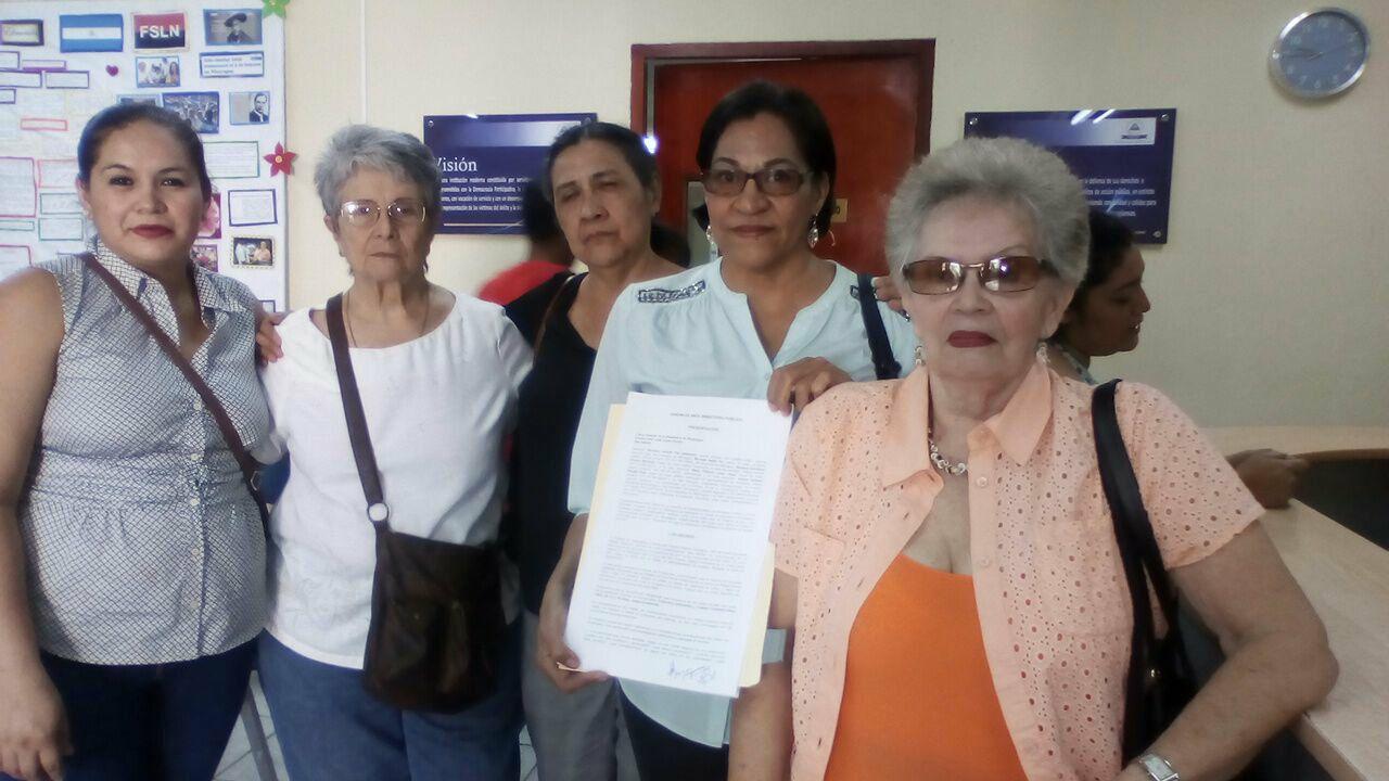 Nuevo grupo de mujeres que denuncian al presidente de Nicaragua. Foto: Cortesía