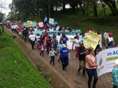 Santodomingueños marchan contra la minería industrial en Santo Domingo, Chontales. Foto: Cortesía