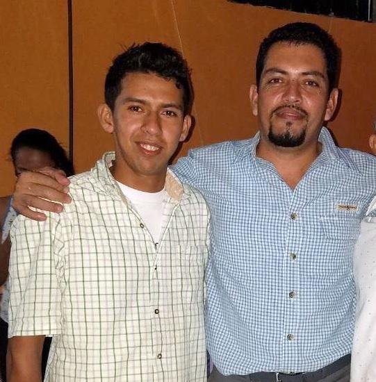 Mixan Zambrano junto al excandidato a alcalde de San José de Bocay, Erlis Torres.