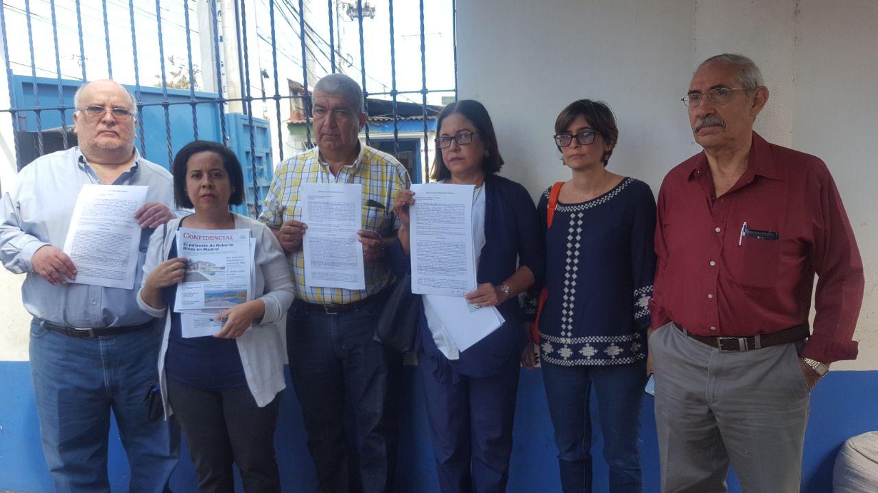 Líderes del FAD denuncian la opulencia de magnate de Roberto Rivas. Foto: Cortesía