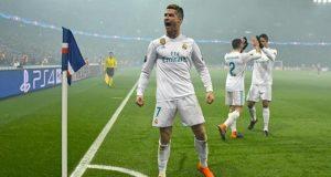Cristiano Ronaldo volvió a marcar ante el PSG y encamino la clasificación merengue. Foto: Marca.com