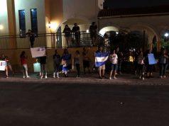 Nicaragüenses en el exterior exigen respeto a los derechos humanos de sus hermanos pinoleros. Foto: Stefany Raudez
