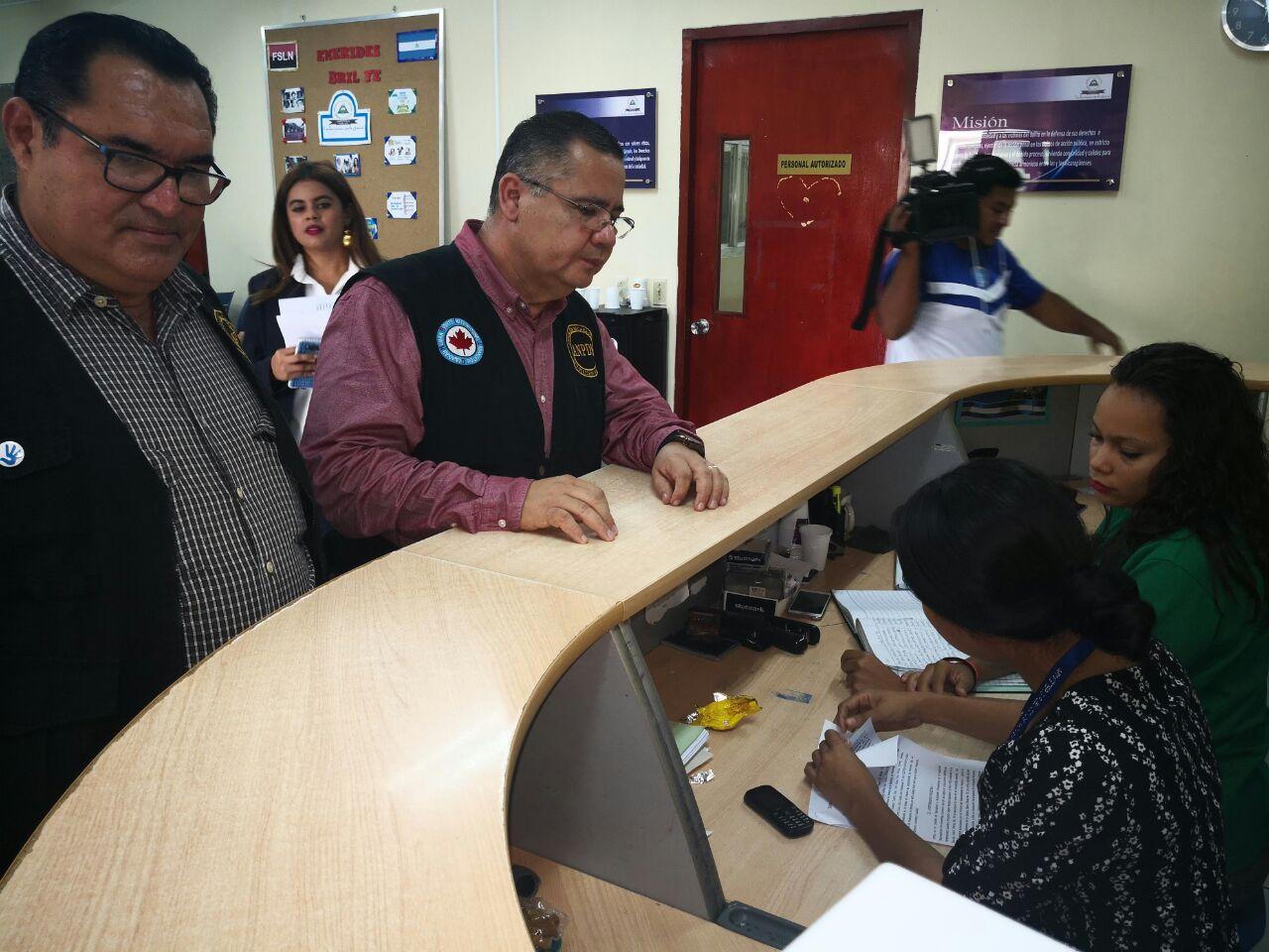 ANPDH entrega denuncia formal en la Fiscalía General de Nicaragua. Foto: M. Balmaceda
