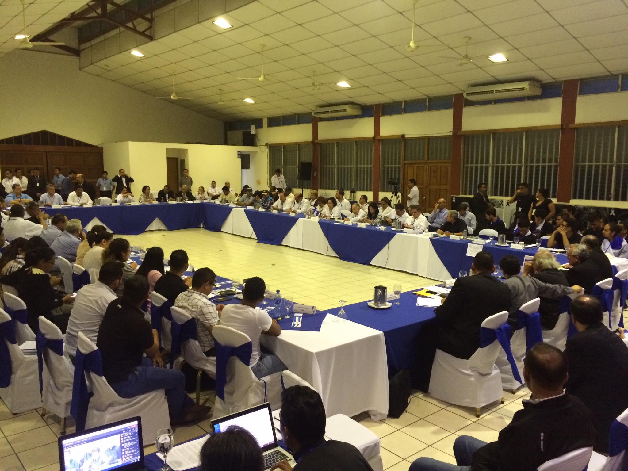 Delegación del Gobierno minimiza asesinatos de 76 nicaragüenses en protestas y centra esfuerzos en suspender tranques. Foto: Cortesía