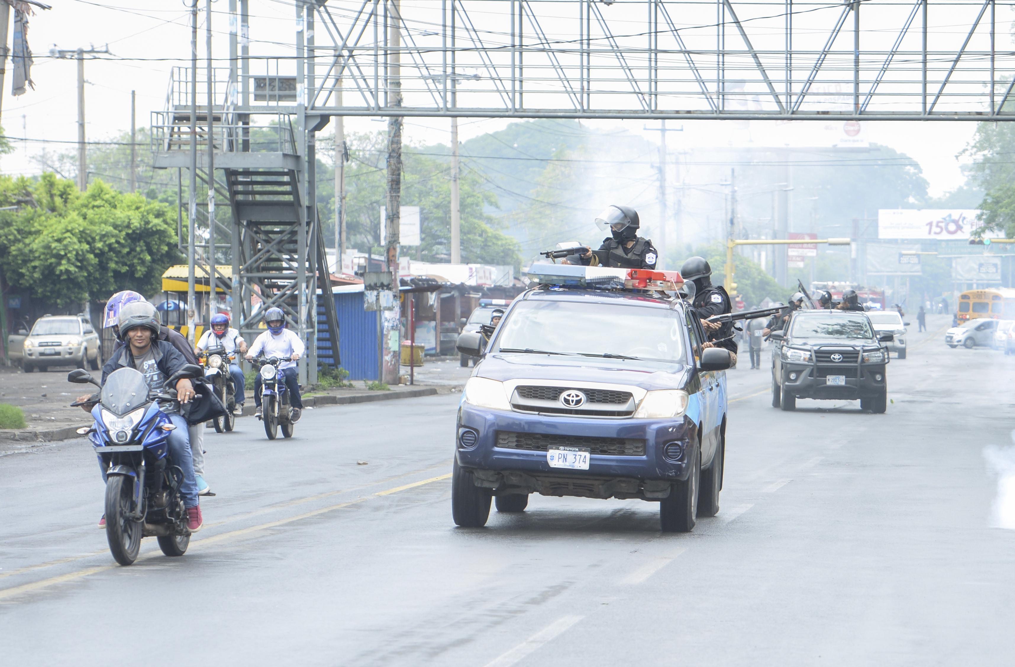 Policía Nacional vuelve a reprimir con armas de fuego en Managua, Foto: La Prensa/W.López