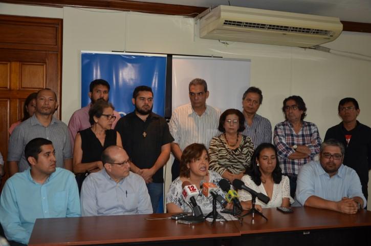Junta directiva e investigadores del IEEPP rechazan acusaciones de la Policía en contra de su director. Foto: R. Vallecio