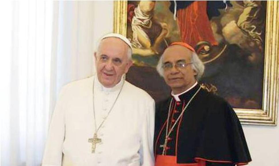 Cardenal Leopoldo Brenes junto al Papa Francisco. Foto: El Nuevo Diario