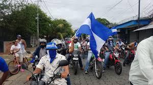 Caravana azul y blanco recorre barrios de Managua. Foto: Vos TV