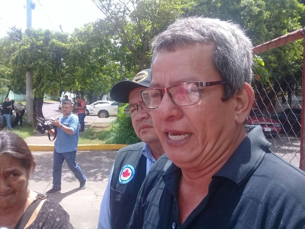 Cándido Reyes trabajador del Estado al que le fue asesinado su hijo en la marcha de las madres de abril. Fotografía: Artículo66