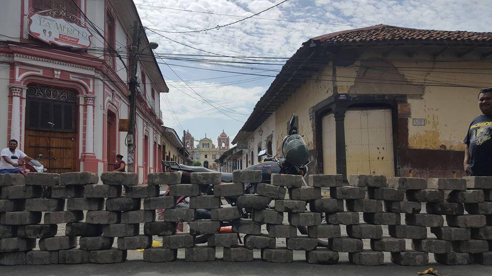 León paralizado y en completo silencio exige que se vaya Ortega. Fotografía. J.Estrada/Cortesía