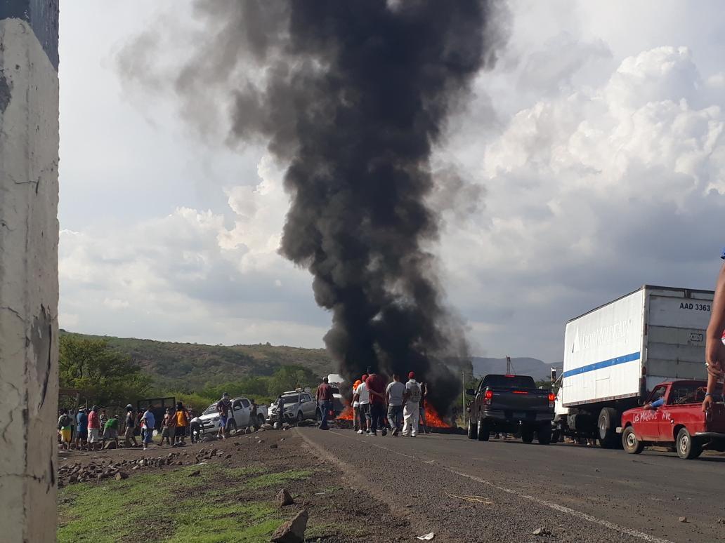 Paramilitares orteguistas siembran el terror en Las Maderas. Foto: Josué Garay, La Prensa