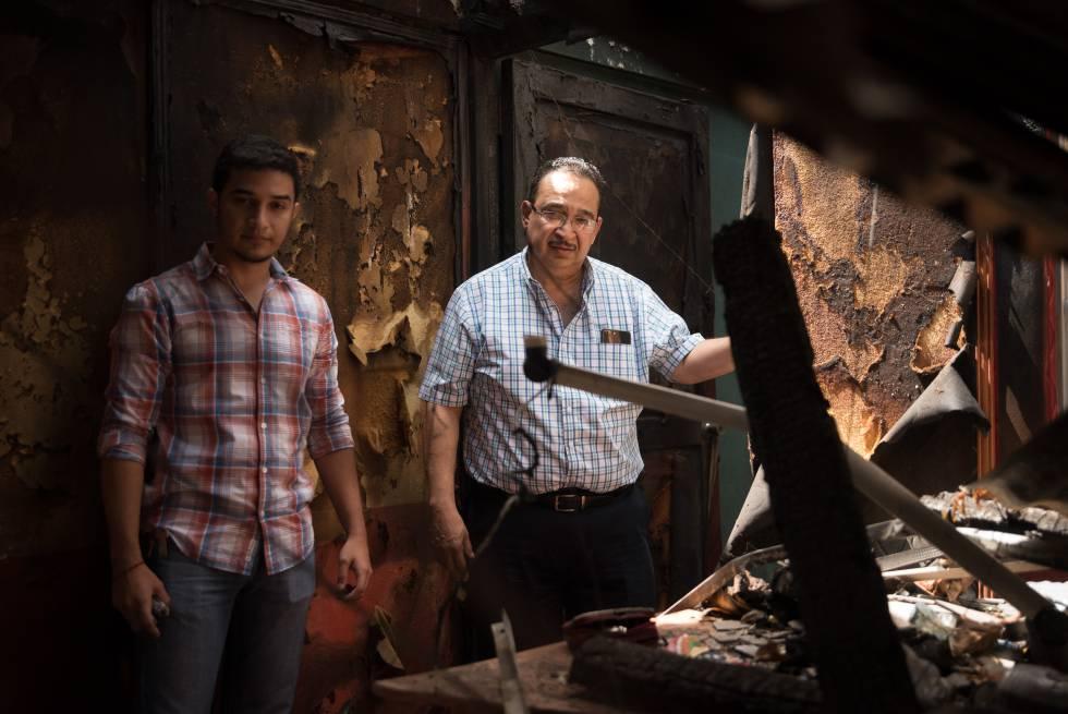 Radio Darío tras el incendio que calcinó sus instalaciones. Foto: Carlos Herrera/El Pais