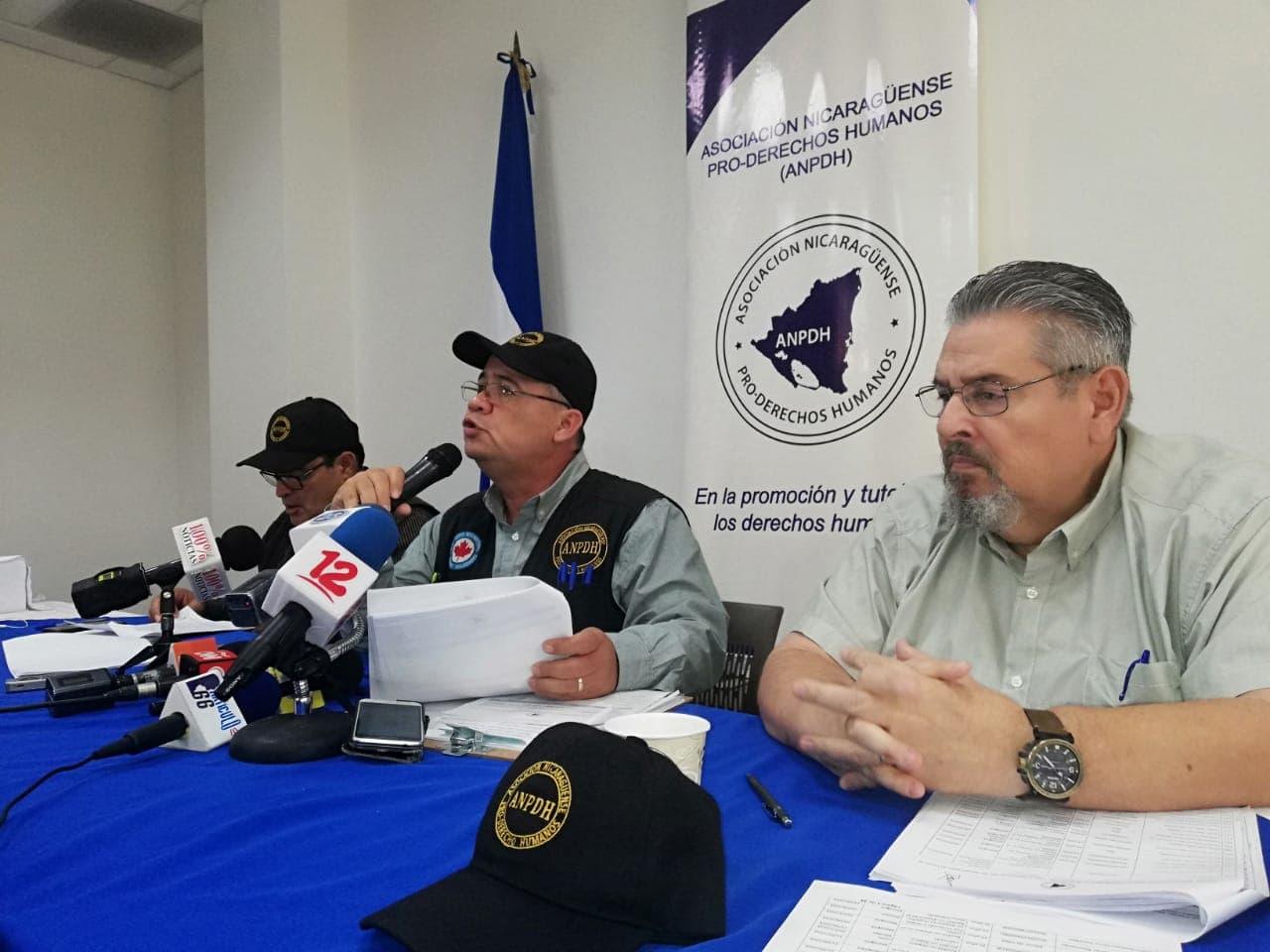 Directivos de la ANPDH durante la presentación del último informe de la violencia en las protestas cívicas en Nicaragua. Foto: Artículo 66