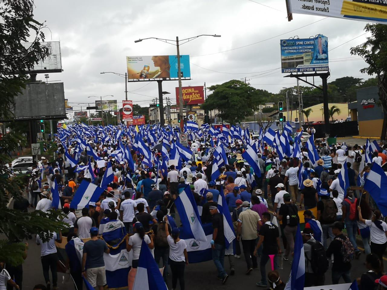 Marcha «Juntos somos un volcán» da inicio a tres días de protesta contra el régimen de Ortega. Foto: Artículo66