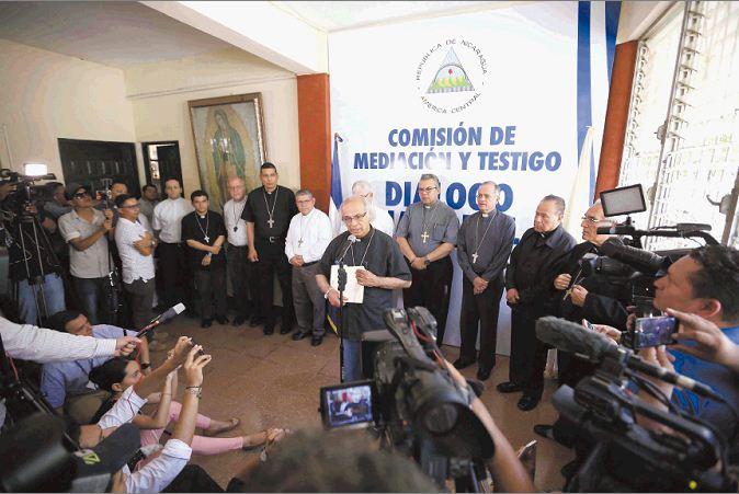 Obispos reanudarán el Diálogo Nacional pese al ataque de las turbas paramilitares del orteguismo. Foto: Diario Hoy
