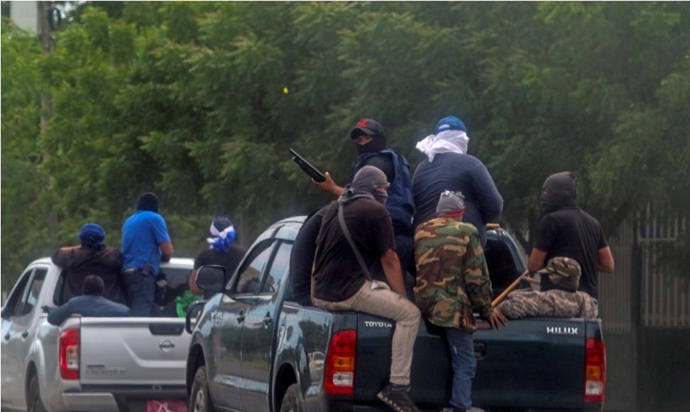 Paramilitares atacan tranque de Nandasmo para que Daniel Ortega pueda fingir el «repliegue» a Masaya