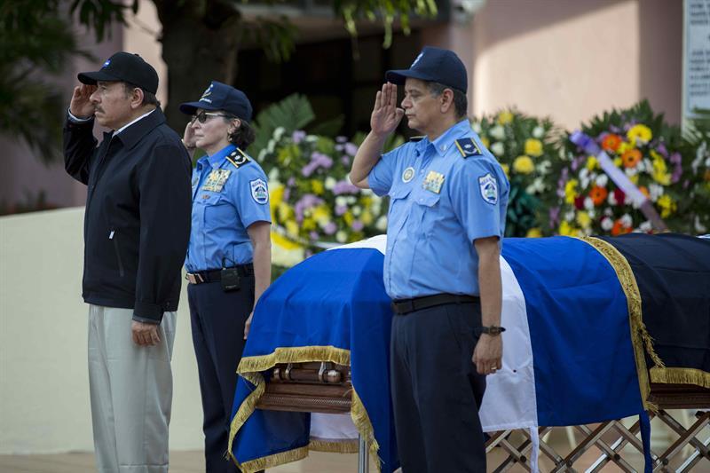Ortega oficializa retiro de Aminta Granera y nombran a Francisco Díaz como nuevo director de la Policía. Foto: La Prensa