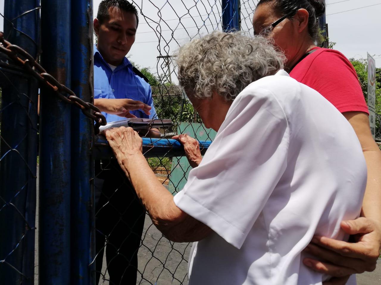 Madres continúan sufriendo las detenciones ilegales de sus hijos. Foto: A. Navarro