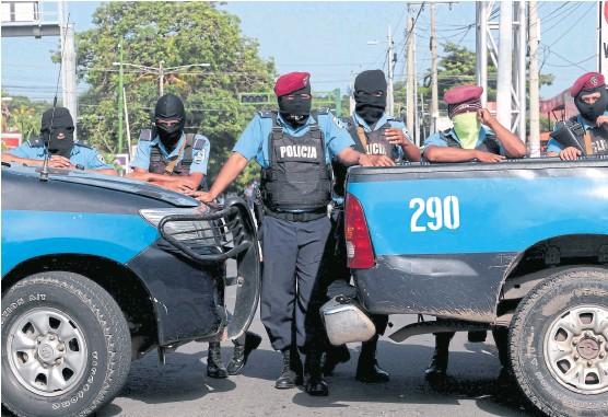 Ocho nicaragüenses detenidos por policías y paramilitares siguen sin aparecer. Foto: Oswaldo Rivas / Reuters
