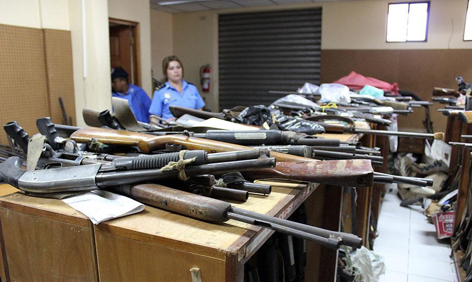 Policía Nacional desata redada para incautar armas legales a campesinos. Foto/Archivo END