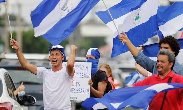 Edwin Carcache pide a los nicaragüenses que sigan en las calles exigiendo la libertad de los presos políticos. Foto: Metro