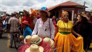 La concejal orteguista y folclorista Martha Toribio organizó parte del carnaval oficialista para medir fuerzas con la Iglesia Católica. Foto: N. Miranda / Artículo 66