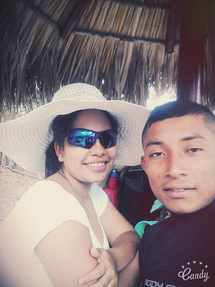 Faber López y su pareja Fernanda Cruz quien espera la única hija de la pareja. Foto/Cortesía