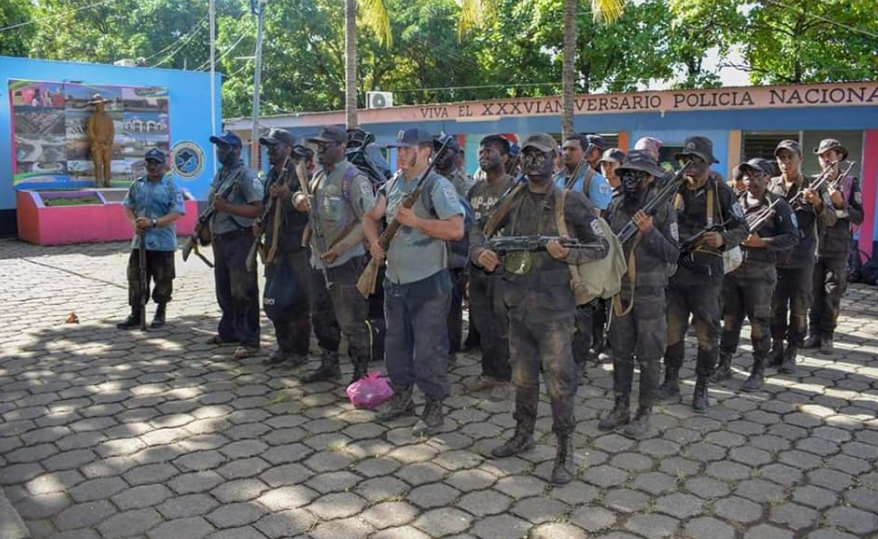 Dictadura orteguista está entrenando a policías con tácticas militares
