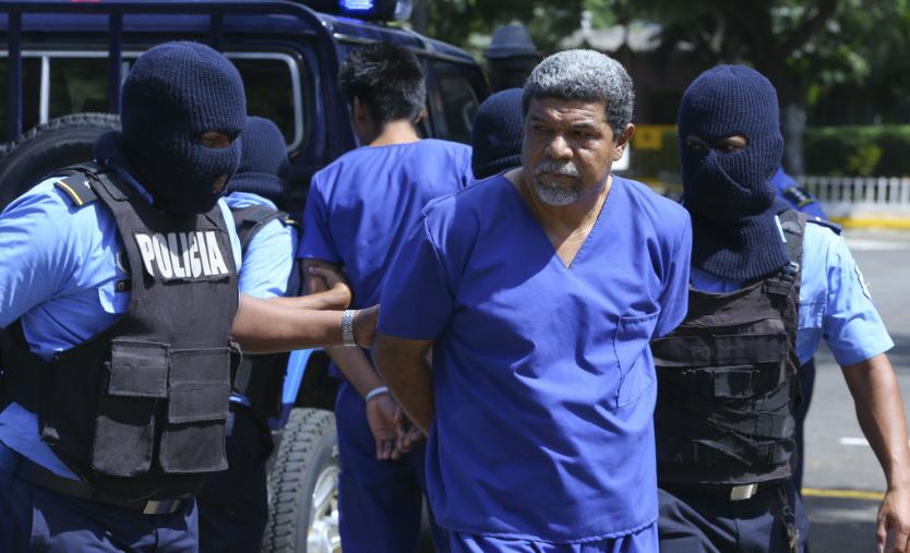 Policía orteguista presenta a Freddy Navas, acusándolo de los mismos crímenes que a los otros líderes campesinos