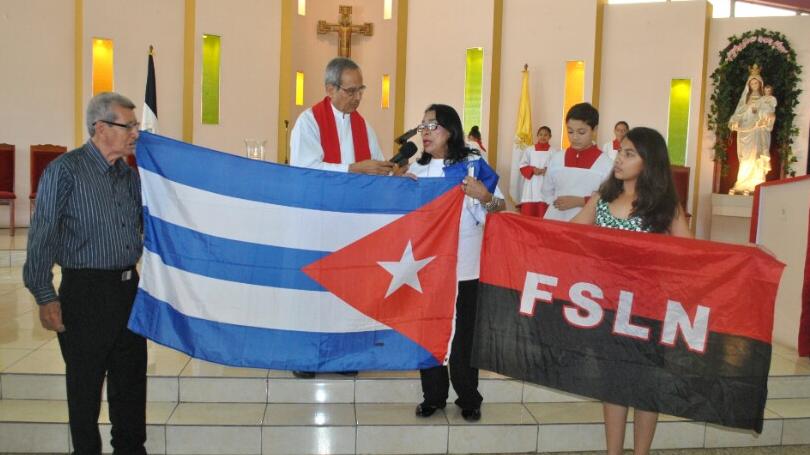 Sacerdote orteguista desobedece al cardenal Brenes y convierte la eucaristía en mitin político del FSLN