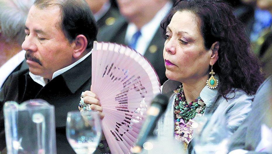 Dictador Daniel Ortega y Rosario Murillo. Foto: El Clarín