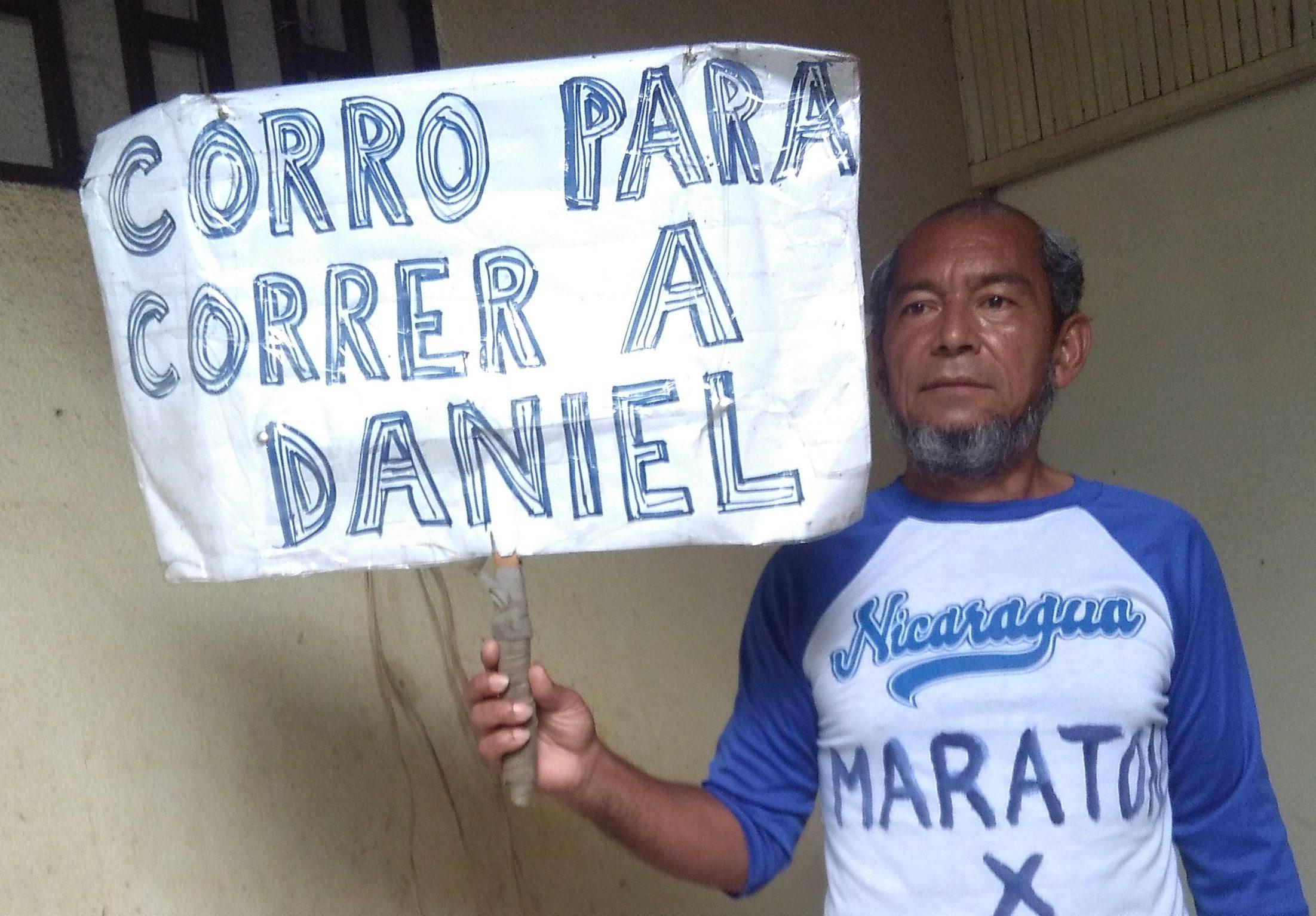 """El maratonista azul y blanco Alex Vanegas acusado de """"escándalo público"""""""