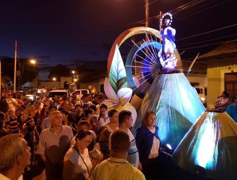 Orteguistas montan celebración paralela de la Virgen María en Granada. Foto/Cortesía: Periodista Ángel Martínez/Granada