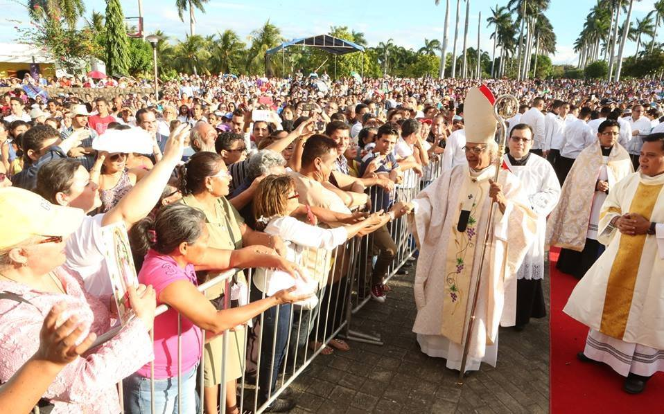 Brenes pide a sacerdotes masiva asistencia de fieles en procesión del 1 de enero en Managua. Foto: Arquidiócesis de Managua/Cortesía