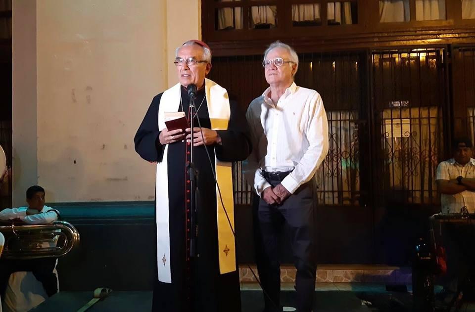 Obispo Bosco Vivas da grito mariano acuerpado por funcionarios orteguistas