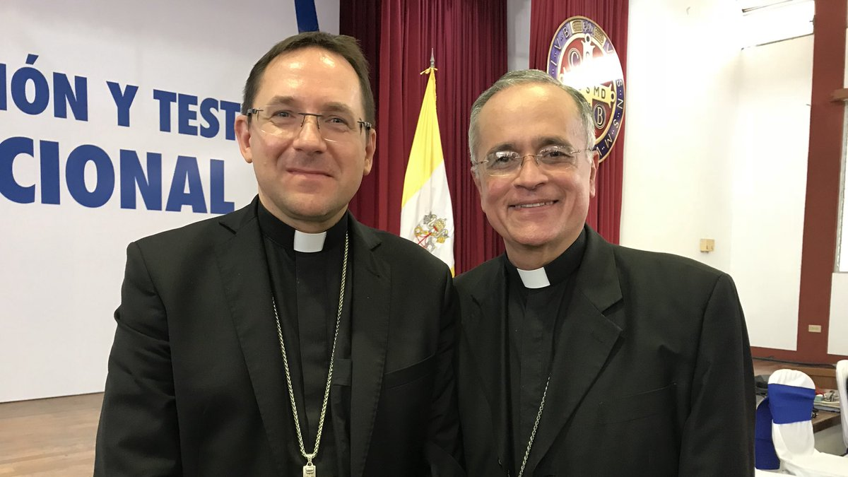"""Nuncio insiste en el diálogo """"con incondicionada generosidad patriótica"""" para salir de crisis"""