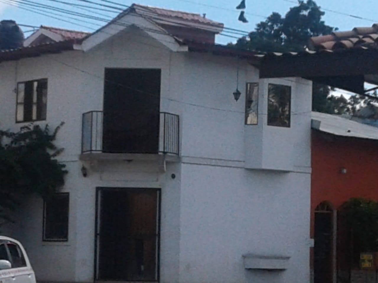 La casa blanca de Monimbó: de puesto médico a cuartel de paramilitares. Foto: N. Miranda / Artículo 66