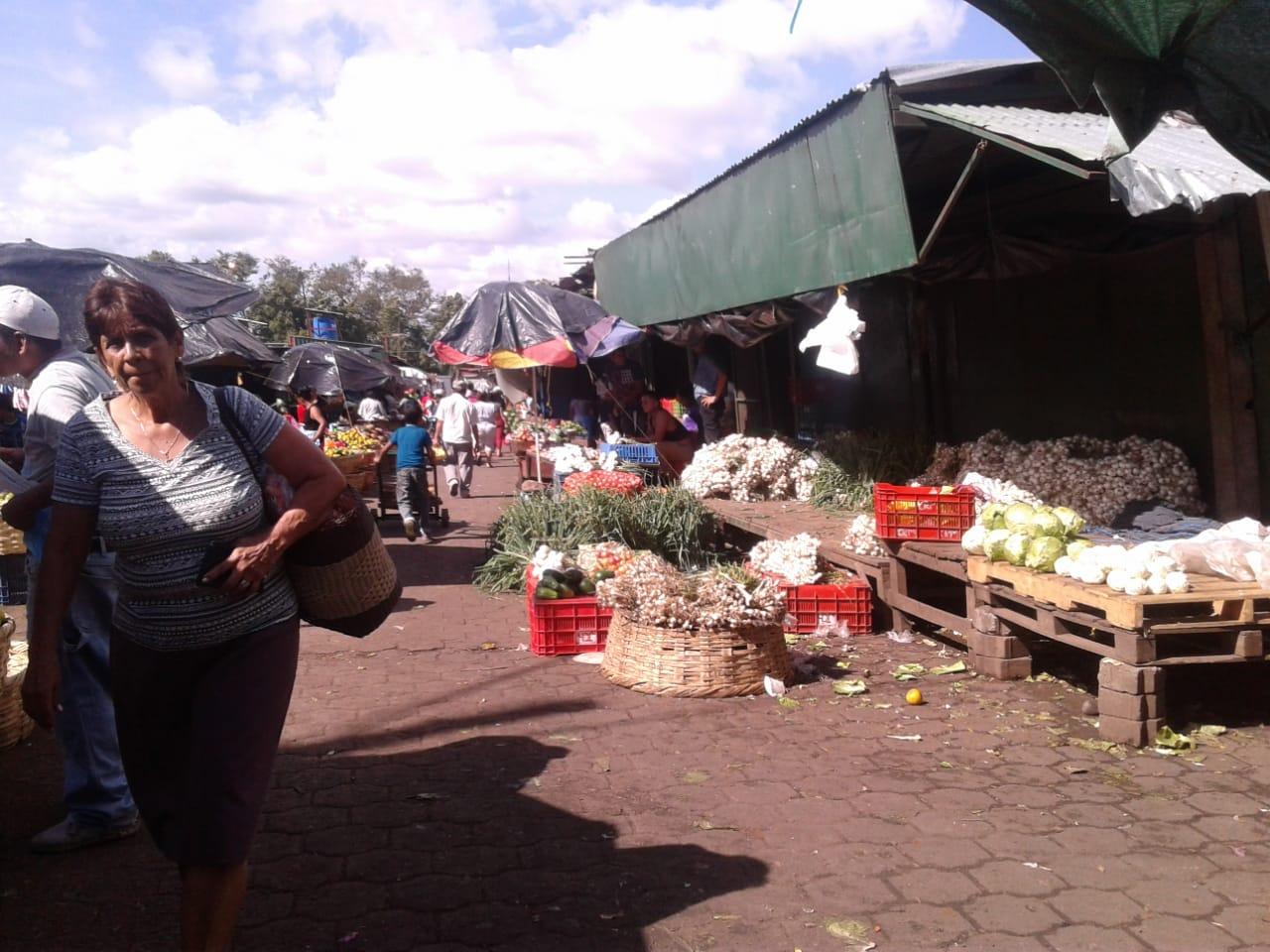 Alimentos más caros en Masaya y los compradores no llegan por falta de dinero. Foto: N. Miranda / Artículo 66