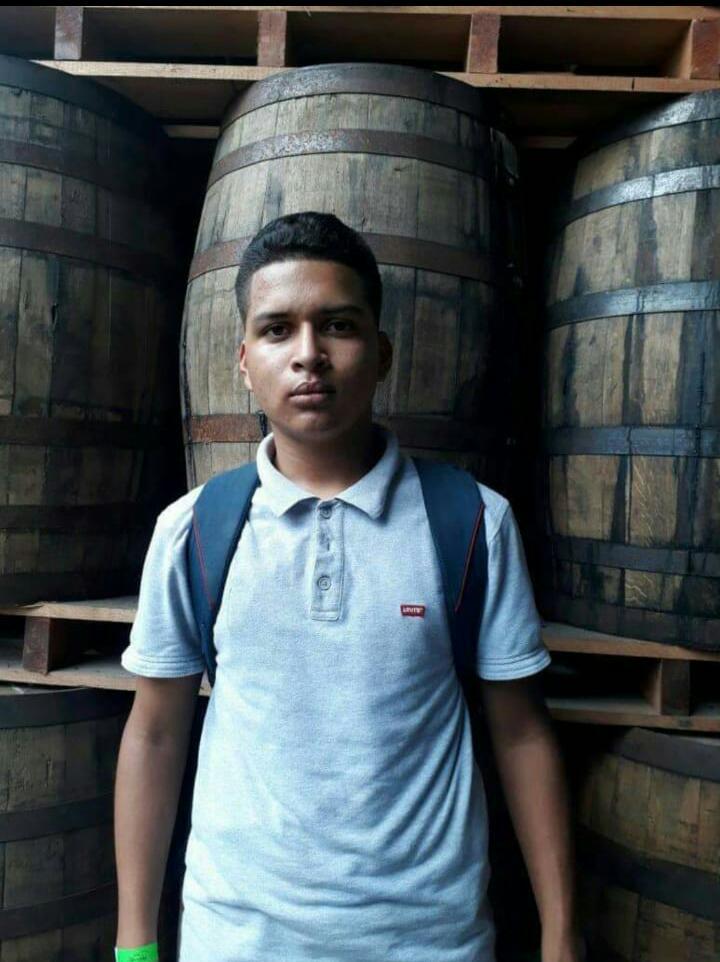 Adolescente secuestrado por la policía orteguista.
